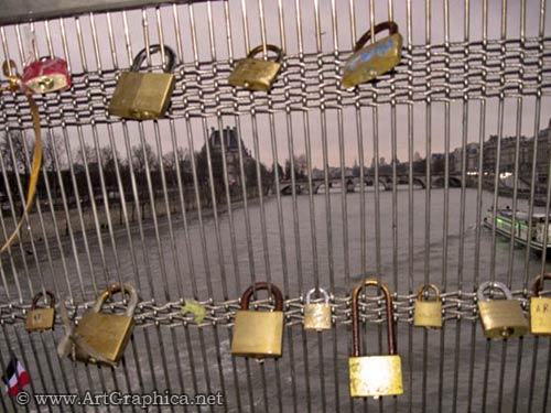 pad locks, first apperance ponts des art